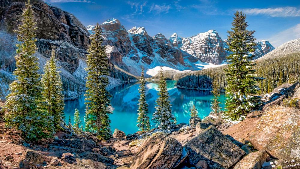 Moraine Lake in the Valley of the Ten Peaks wallpaper