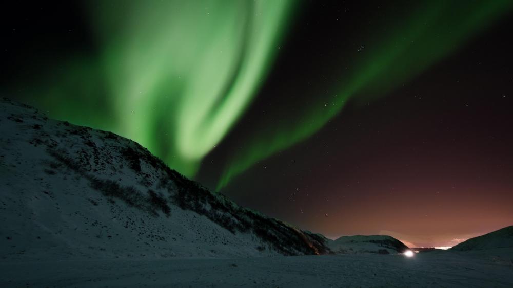 Northen Lights in Iceland wallpaper