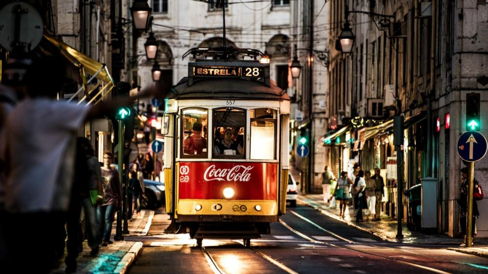 Tram in Lisbon, Portugal wallpaper