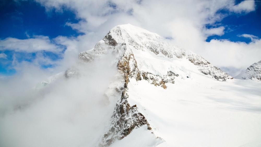 Cloudy ridge wallpaper