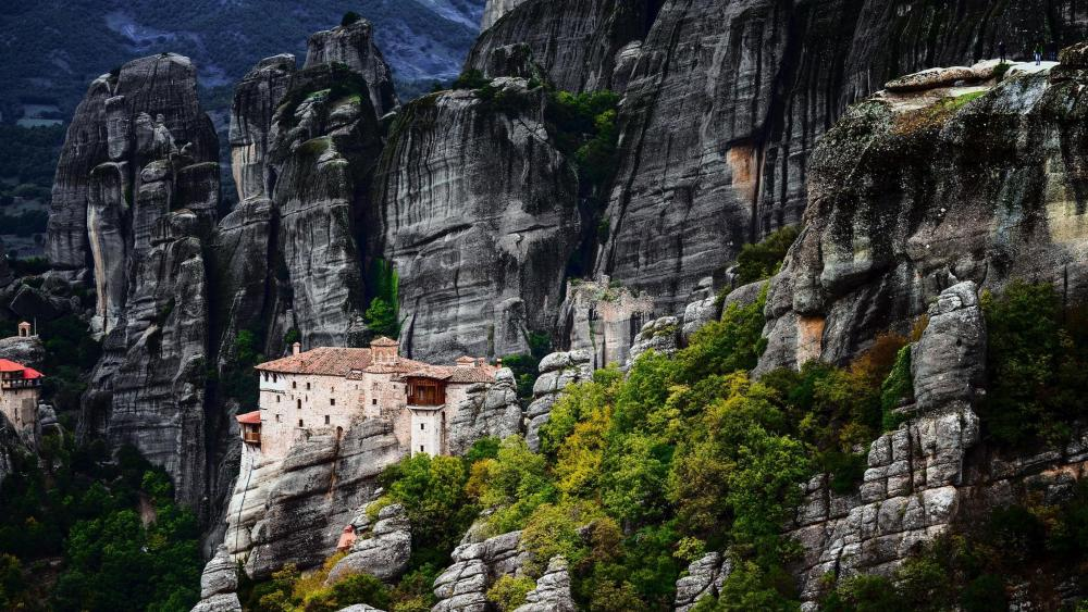 Monastery of the Holy Trinity - Meteora wallpaper