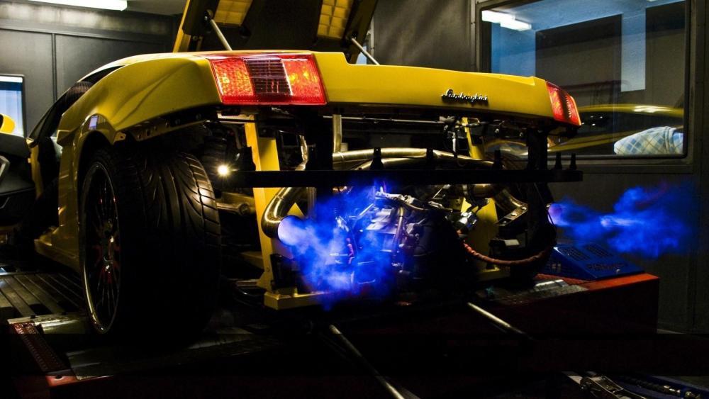 Lamborghini exhaust flames wallpaper