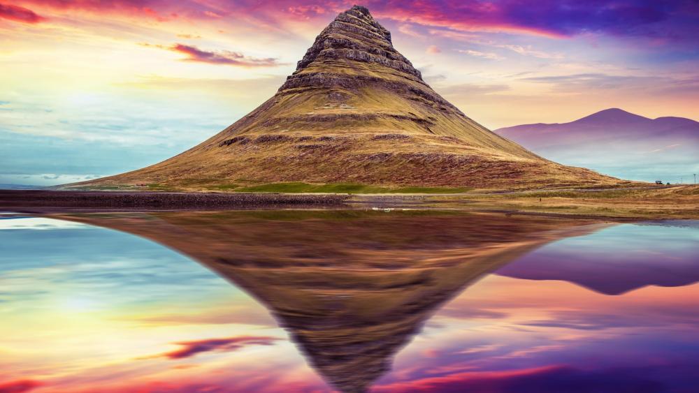 Hat mountain wallpaper