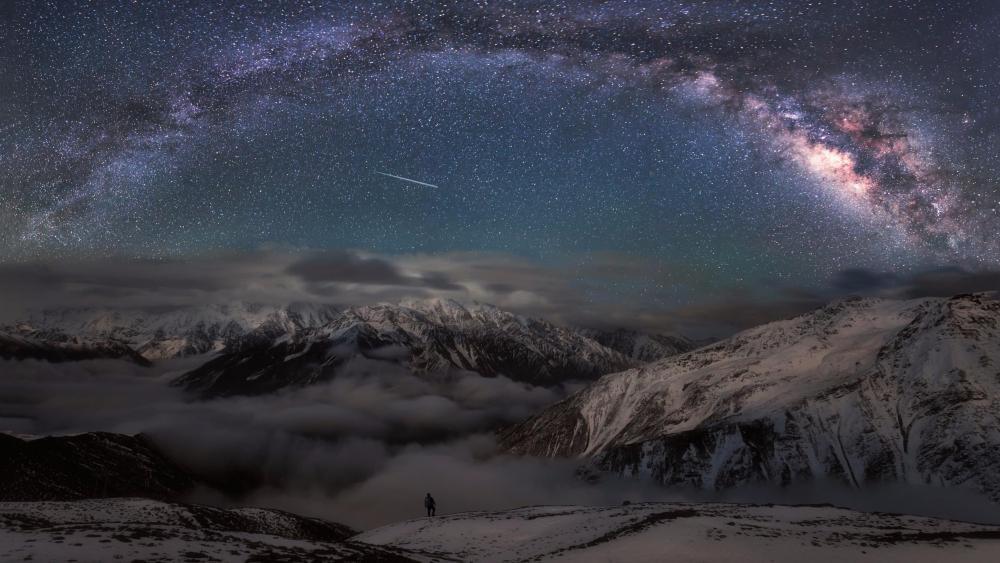Milky way above the Minya Konka wallpaper
