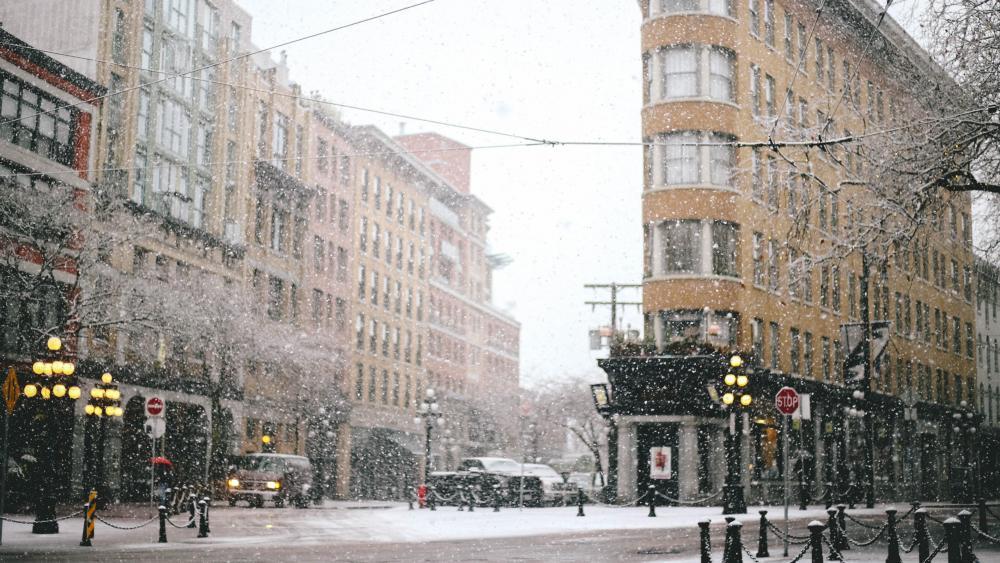 Snow next to the Flatiron Building wallpaper