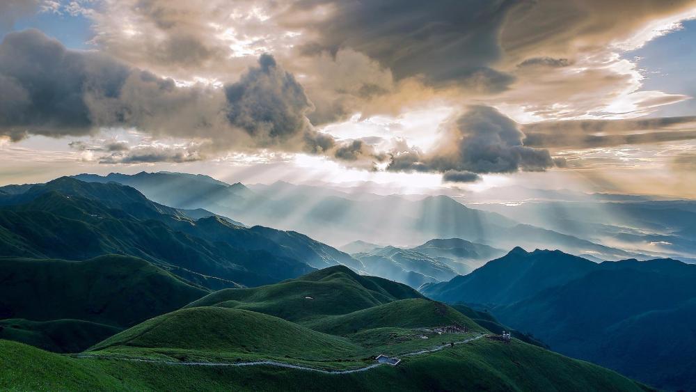 Wugong Mountain meadows wallpaper