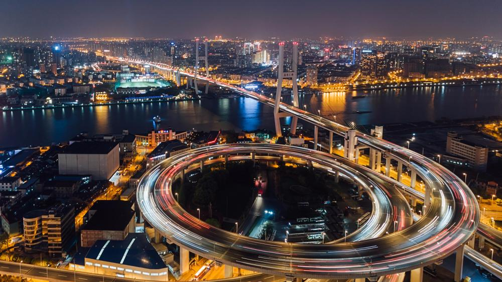 Shanghai Nanpu Bridge wallpaper