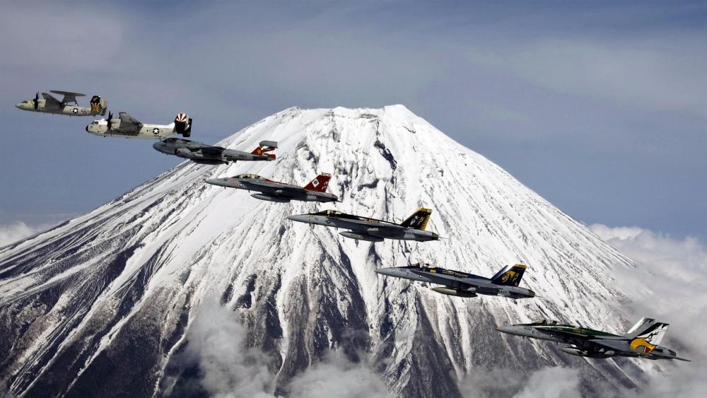 Mount Fuji - Formation Flying wallpaper