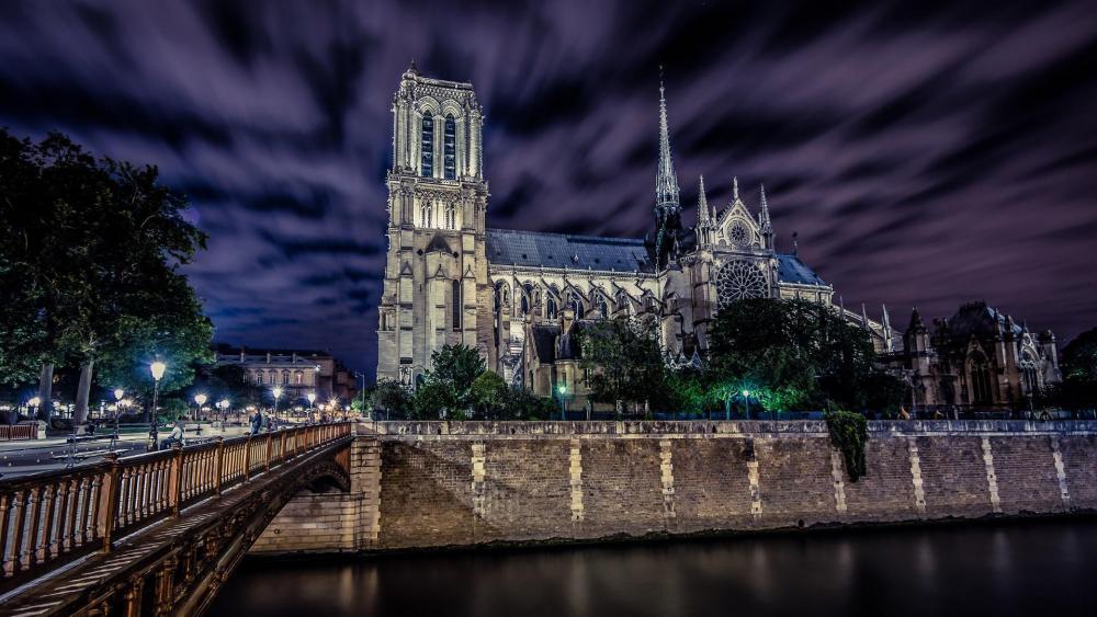 Notre Dame de Paris wallpaper