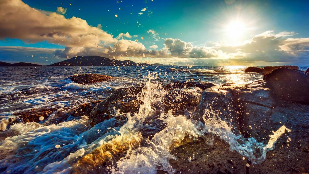 Splashing waves wallpaper