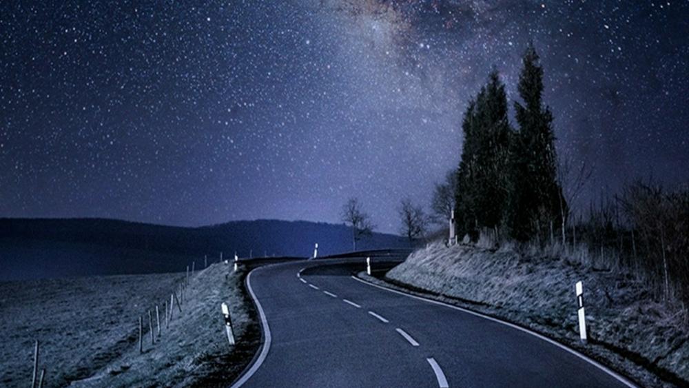Milky way over the road wallpaper