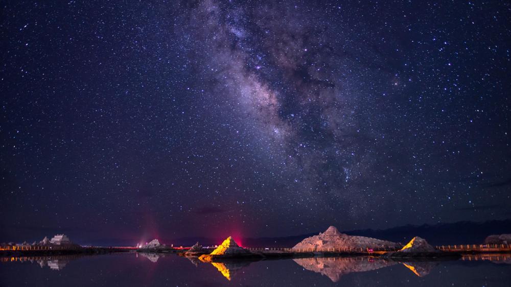 Milky Way above Chakayan Lake (Chaka Salt Lake) wallpaper