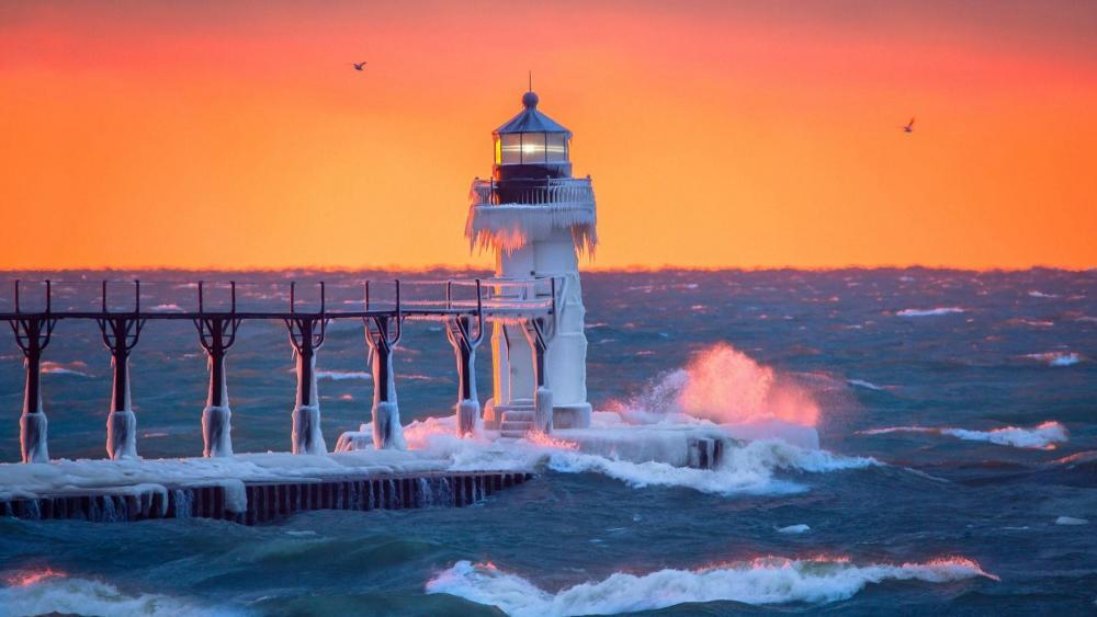 St Joseph North Pier Lighthouse in the sunset wallpaper