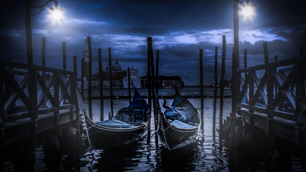 Venice dock at nigh wallpaper