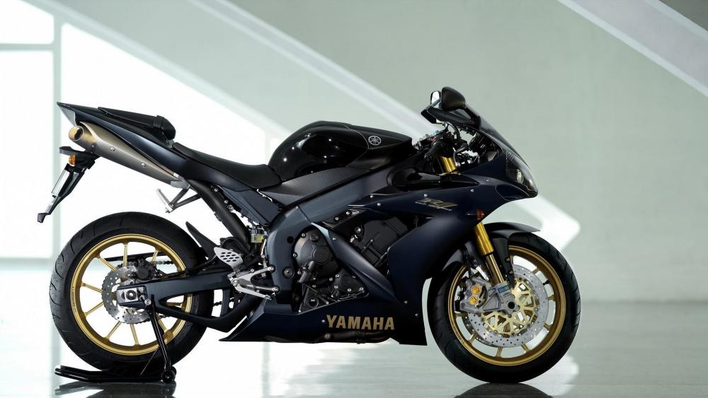 Yamaha YZF-R1 wallpaper