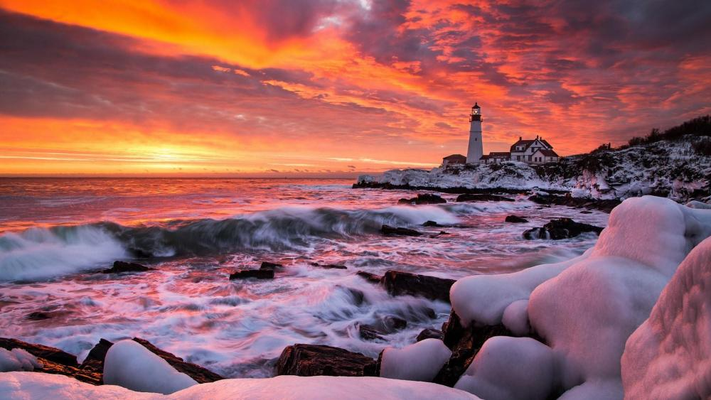 Portland Head Light in Cape Elizabeth at sunrise wallpaper