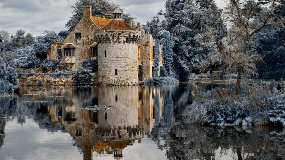 Scotney Castle (Lamberhurst, UK) wallpaper