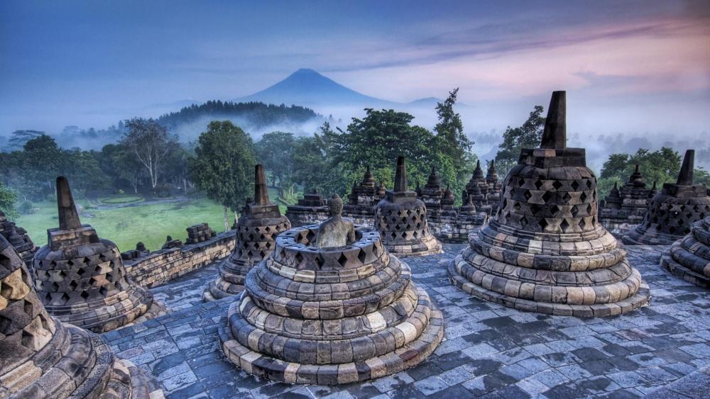 Borobudur Buddhist temple wallpaper