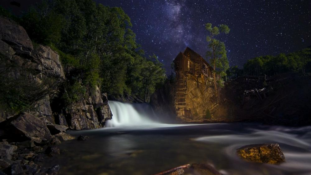 Crystal Mill at night wallpaper