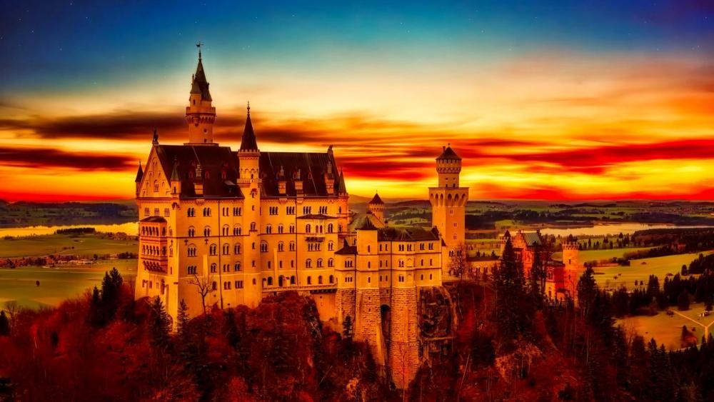 Neuschwanstein Castle at sunset wallpaper