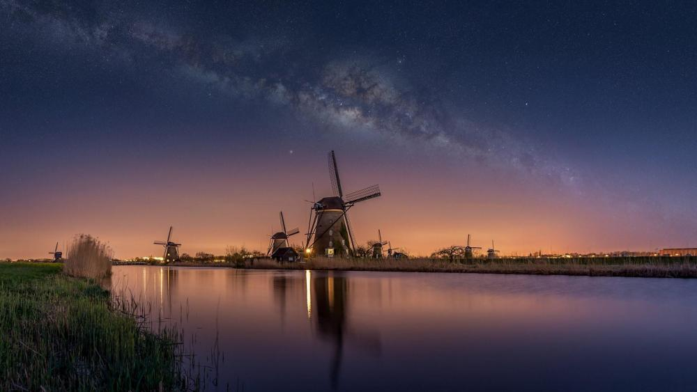 Kinderdijk windmills and Milky Way wallpaper