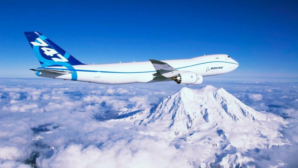 Boeing 747-8 wallpaper