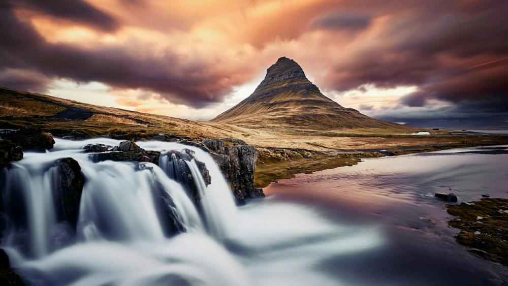 Kirkjufell waterfalls wallpaper