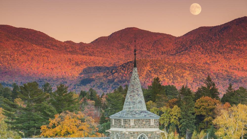 Autumn in Adirondack Mountains wallpaper