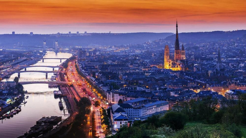 Rouen skyline (France) wallpaper