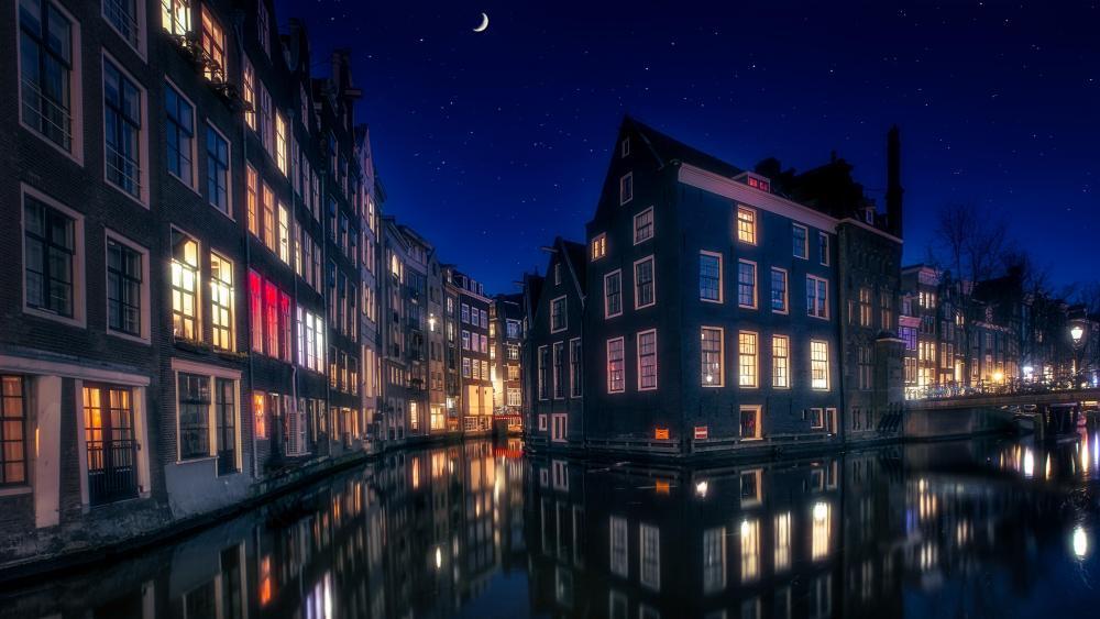 Amsterdam canal night reflection wallpaper