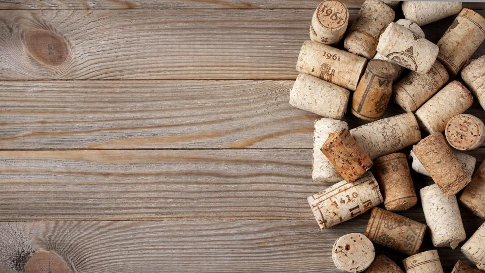 Corks on Wood Planks wallpaper