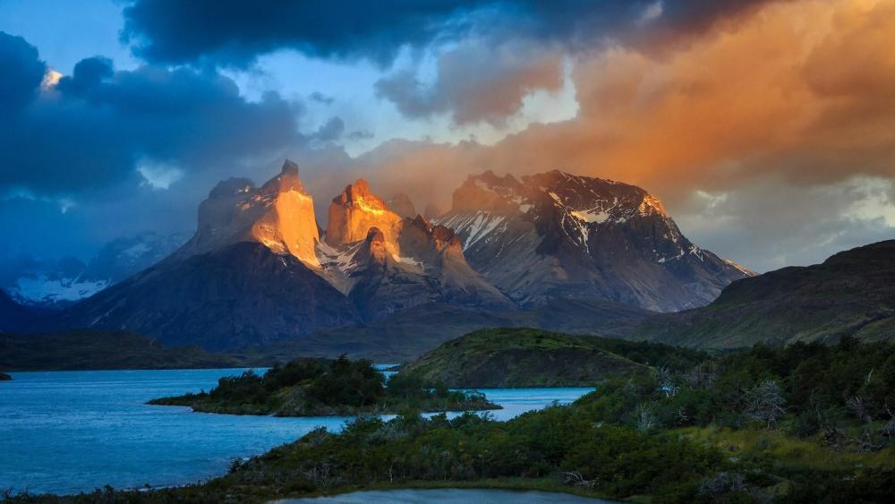 Torres del Paine National Park wallpaper