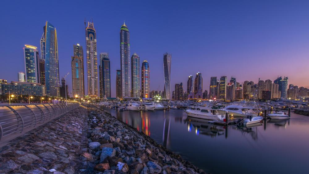 Dubai Marina at dusk wallpaper