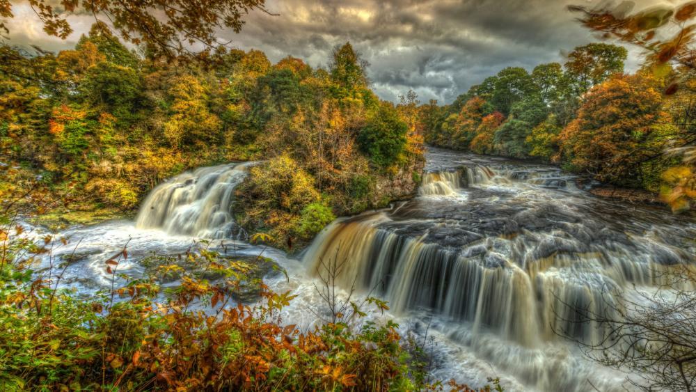 Falls of Clyde wallpaper
