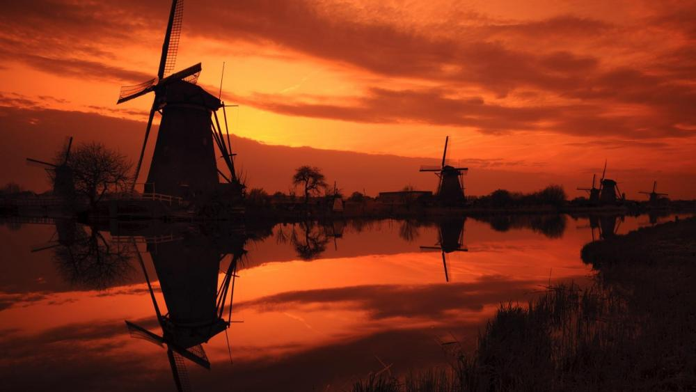 Kinderdijk windmills silhouette wallpaper