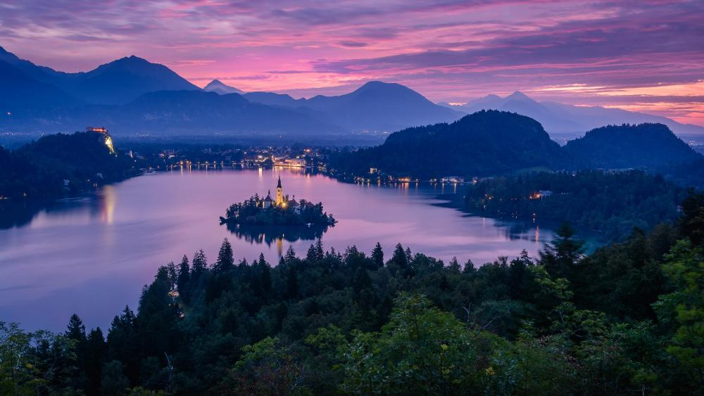 Ojstrica viewpoint at dusk wallpaper