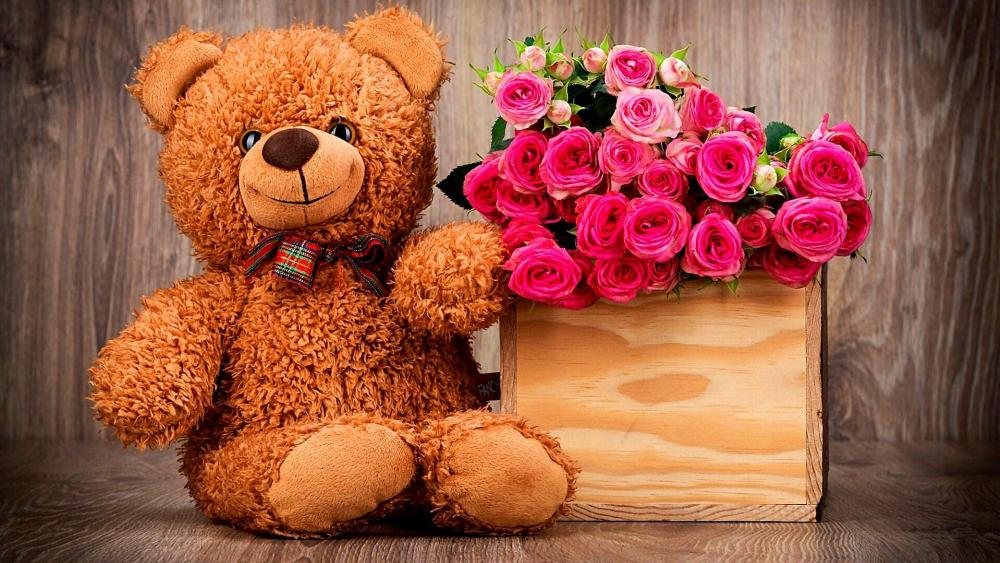 Stuffed Bear With Roses wallpaper