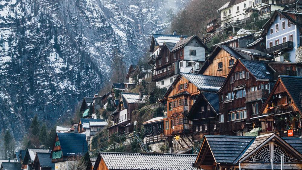 Hallstatt houses in winter wallpaper