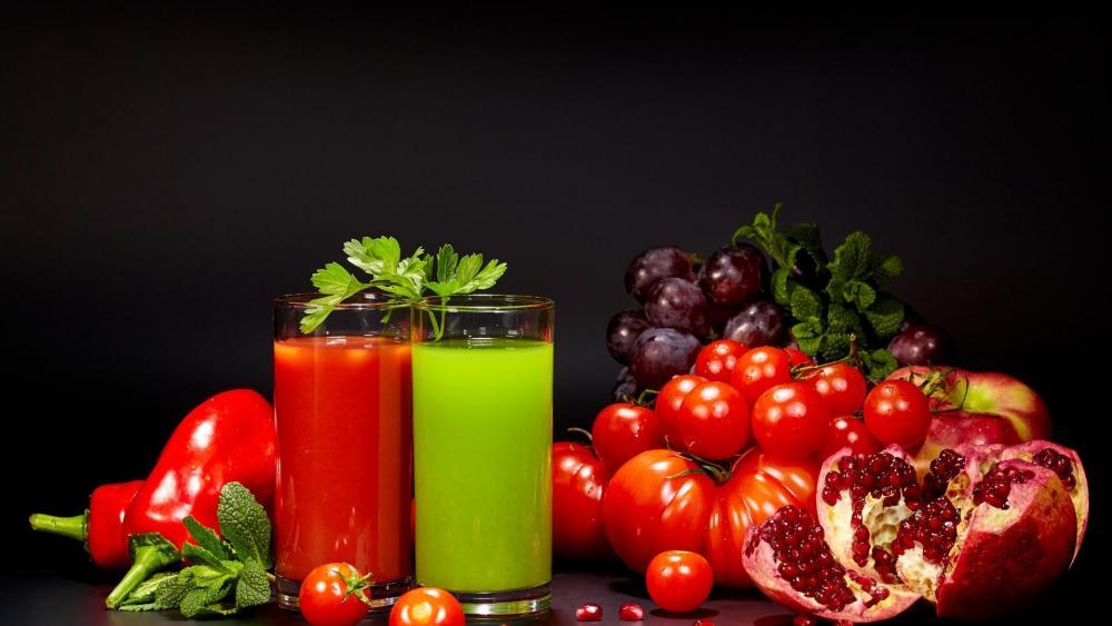 Pomegranate juice wallpaper