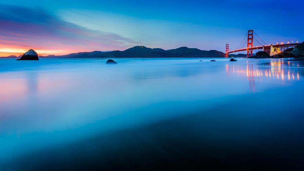San Fransisco beach and Golden Gate Bridge wallpaper