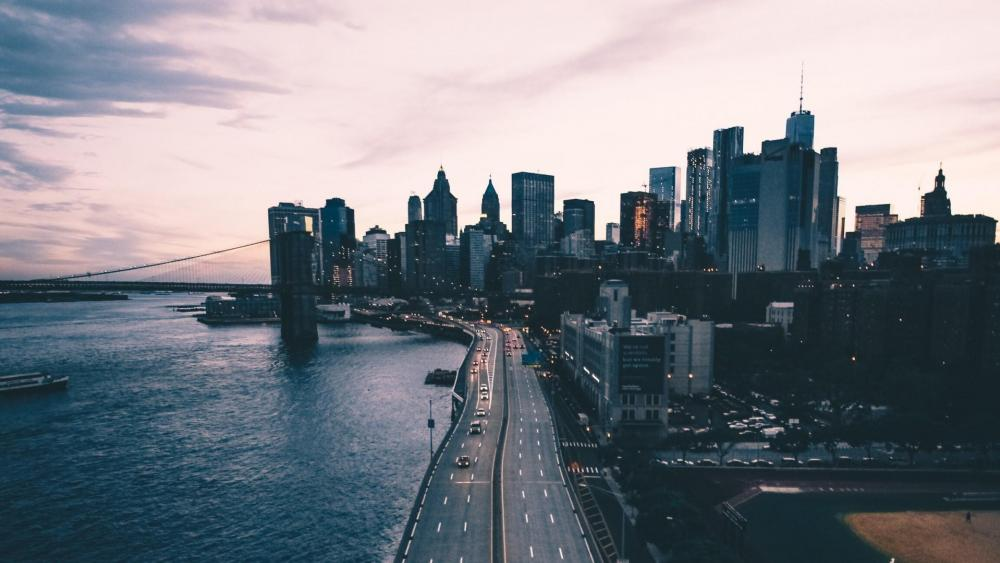 New York skyscrapers and Brooklyn Bridge wallpaper