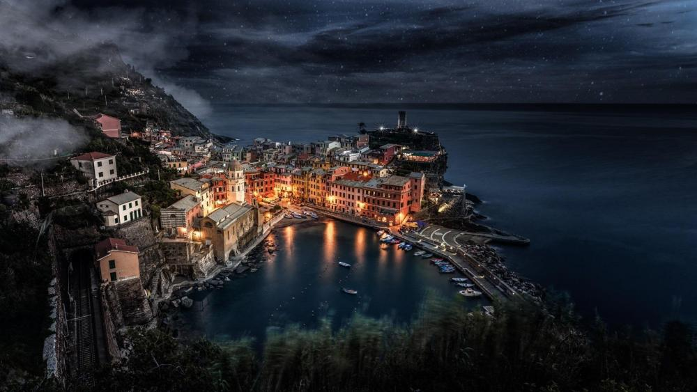 Vernazza at night (Cinque Terre, Italy) wallpaper
