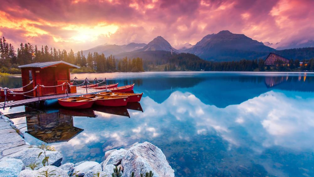 Strbske Pleso boat rental (Tatra National Park) wallpaper