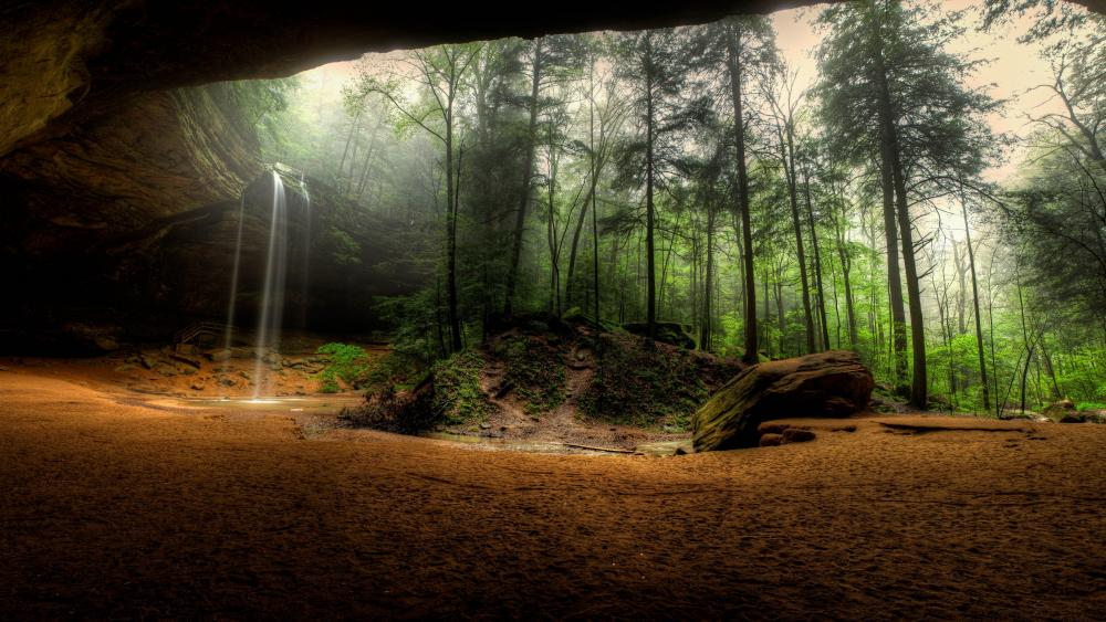 Ash Cave at Hocking Hills State Park wallpaper