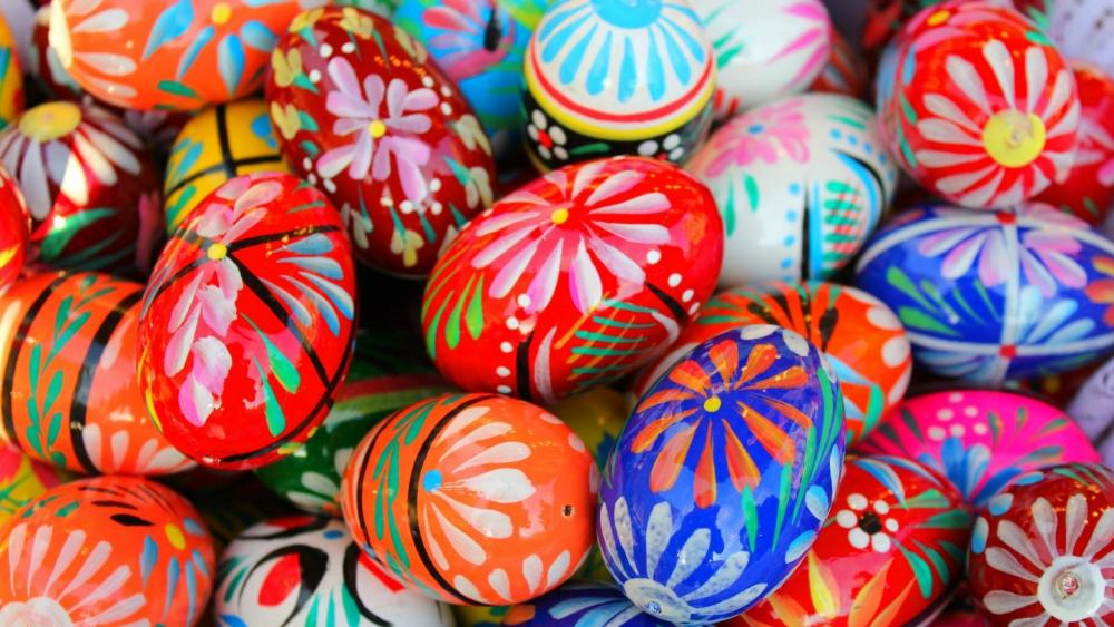 Hand painted Easter eggs wallpaper
