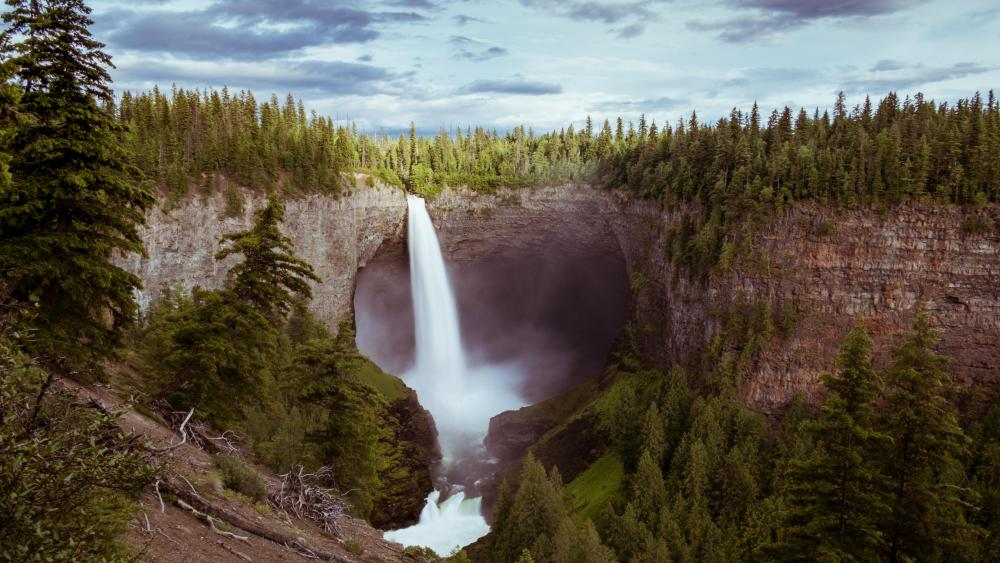 Helmcken Falls (Canada) wallpaper
