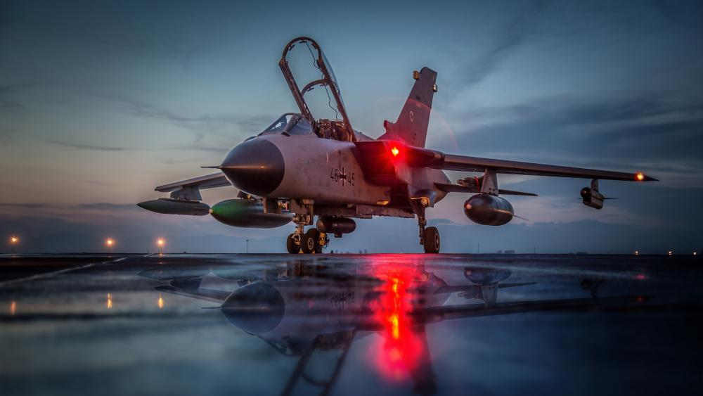 Panavia Tornado jet fighter aircraft reflection wallpaper
