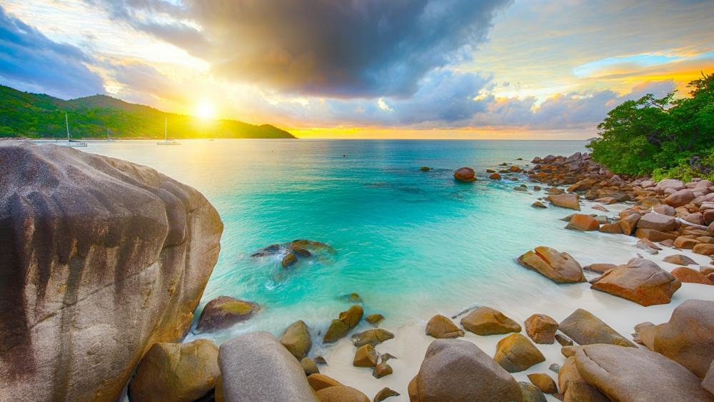 Anse Lazio beach (Seychelles) wallpaper