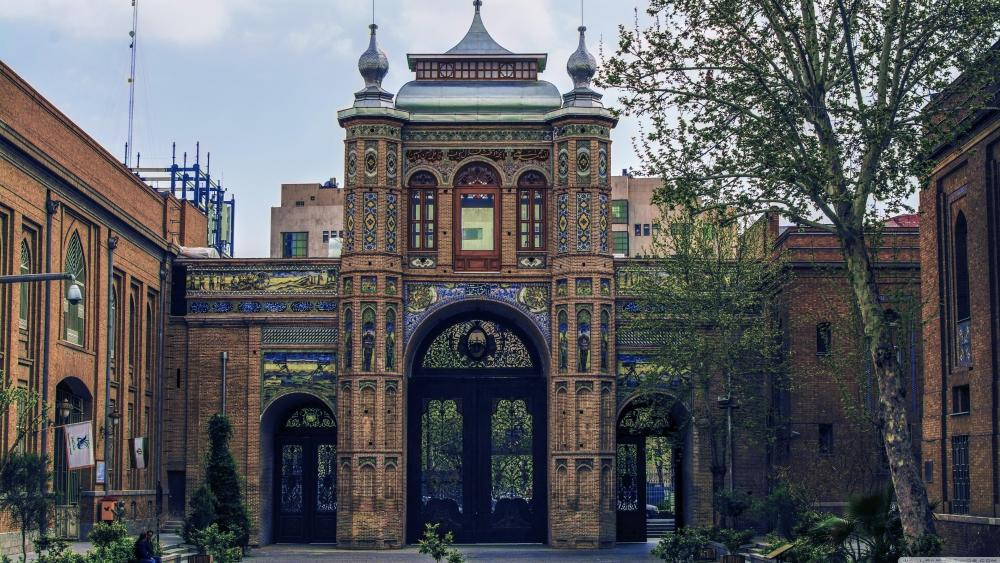 National Garden gateway (Baq-e-Melli) Iran wallpaper