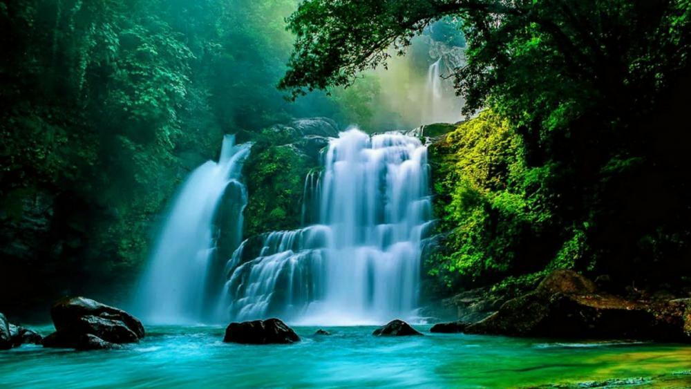 Nauyaca Waterfalls (Costa Rica) wallpaper